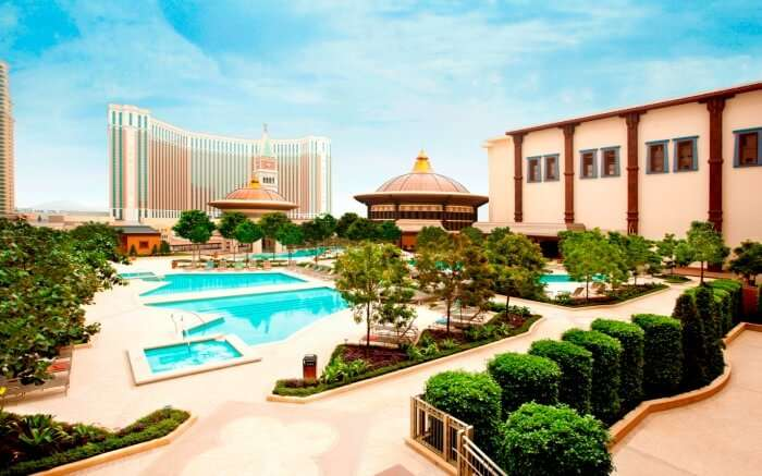 Spectacular pool area of Holiday Inn Macau