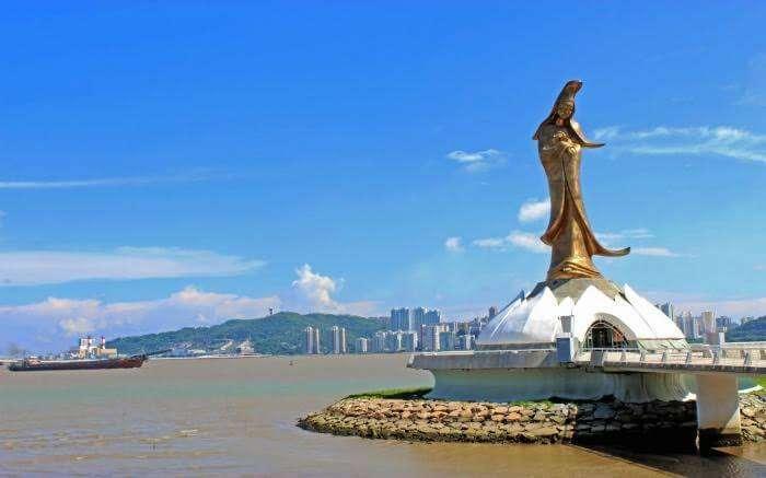 Kun Iam Statue in daylight