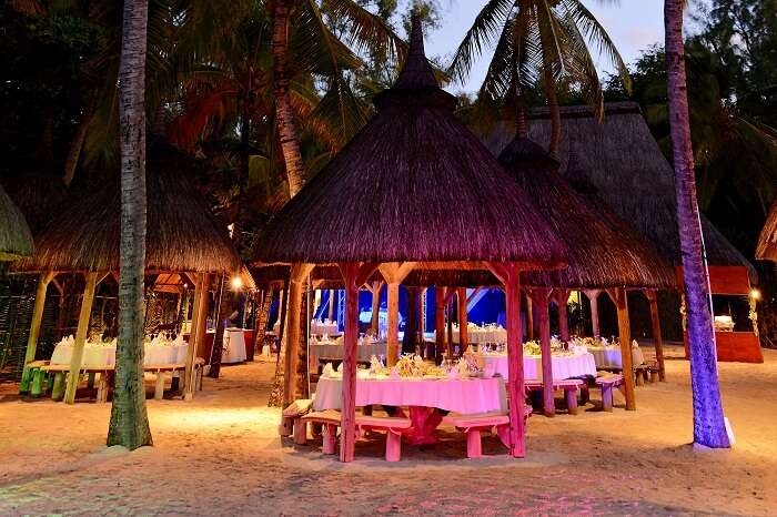 The beach dining experience at the La Chaumière Masala that is an Indian restaurant in Mauritius