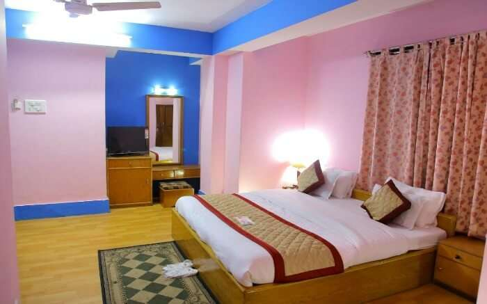 Enjoy a scenic retreat away from the hustle and bustle of daily life by staying at Hotel Sagorika in Gangtok