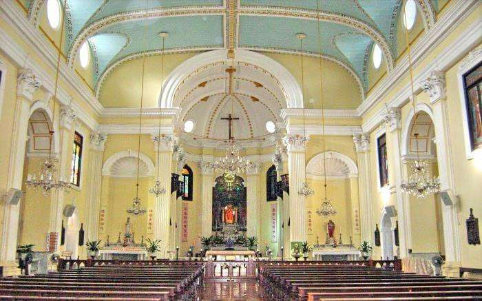 Interior of St. Lawrence Church