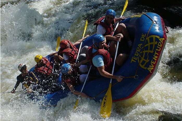 Experience the thrill of rafting in Teesta river