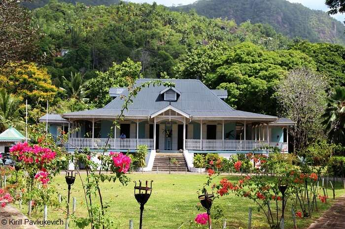 The colonial house in Craft Village that is one of the Seychelles tourist attractions
