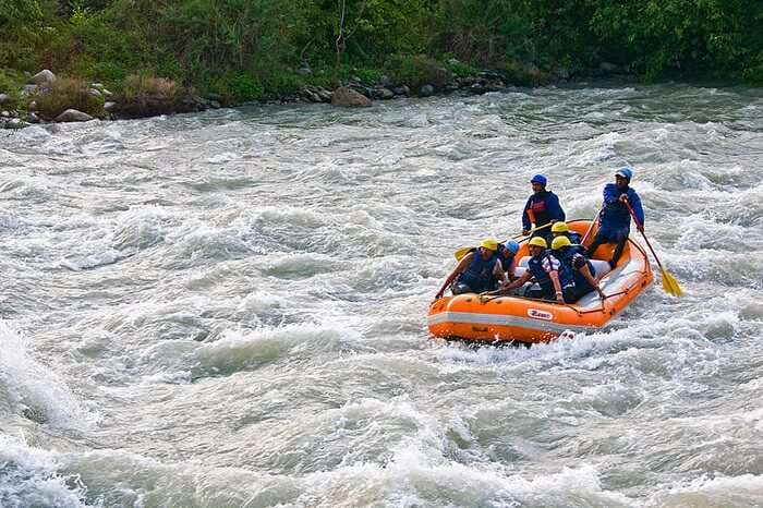 River rafting in Lidder River is one of the most adventurous things to do in Kashmir