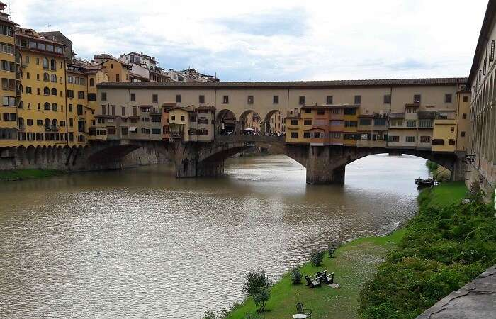 Bridge over the river Arno