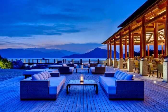 Candlelight dinners at An Lam Ninh Van Bay Villas