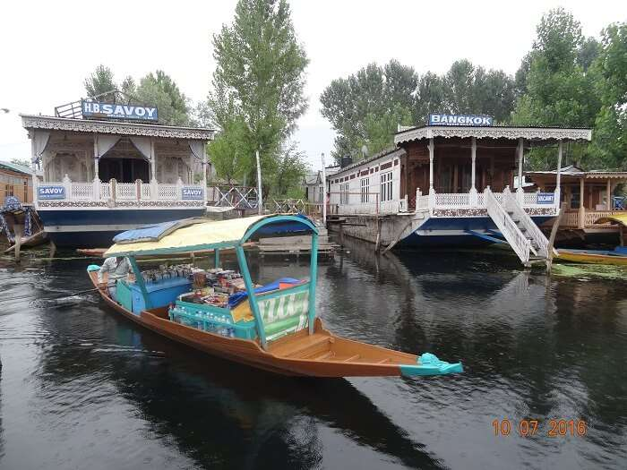 Boat House stay in Dal Lake