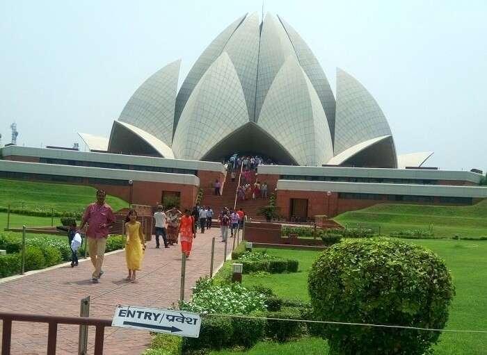 Peaceful temple of tolerance in Delhi