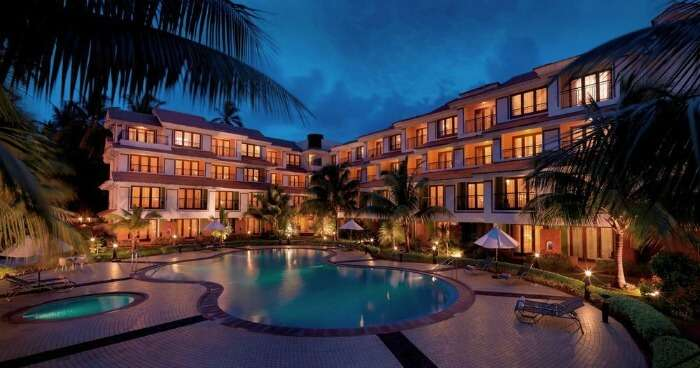 The poolside bay of the DoubleTree by Hilton Hotel Goa