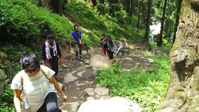 Girls doing Chalal trek from Kasol