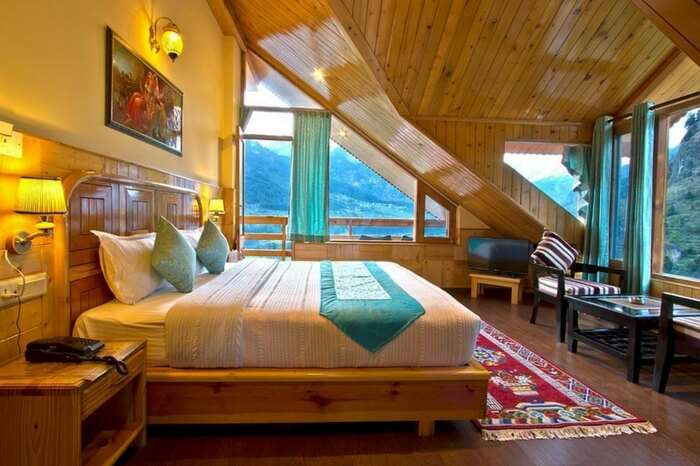 A cosy resort in Manali
