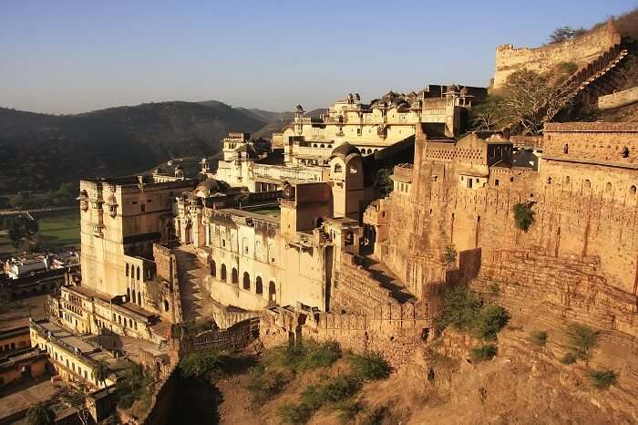 A splendid view of the grand Bundi Palace in Rajasthan