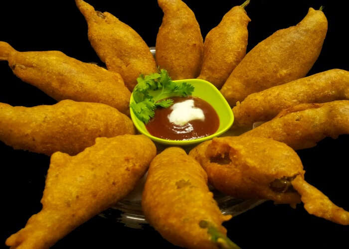 Satiate your hunger with delicious mirchi vada