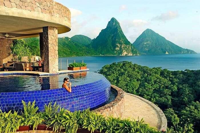 Amazing pool in Jade Mountain Resort, Saint Lucia