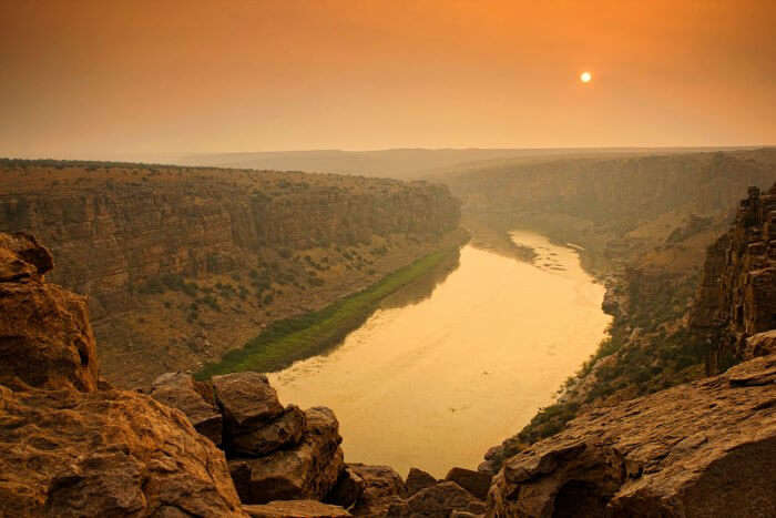 The awesome view of the Gandikota gorge from atop its boulders during sunset