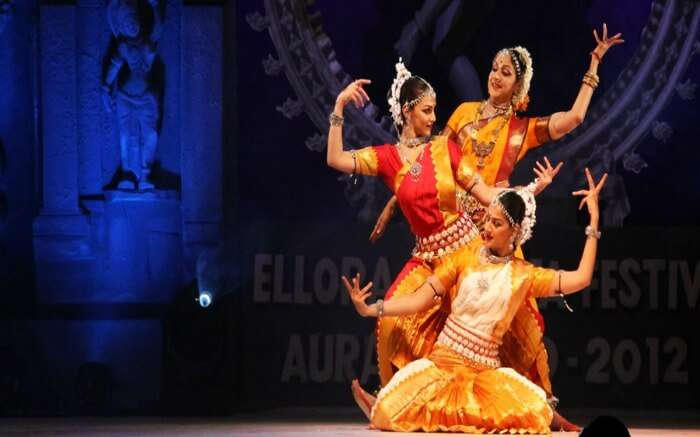 Hema Malini performing on stage with her daughters in Ajanta Ellora Festival