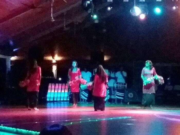 Local dance performance at Sun Island Resort