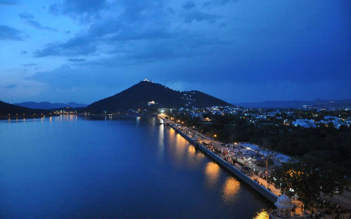 Twilight around Fateh Sagar Lake