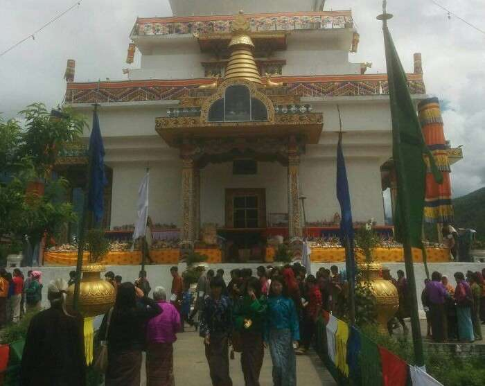 Official buildings and temples in Thimphu