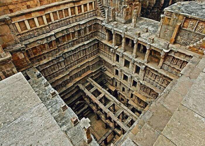 Check out the incredible architecture of Rani Ka Vav