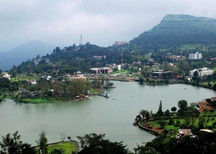 Enjoy magnificent views of the hills and the lake at Saputara