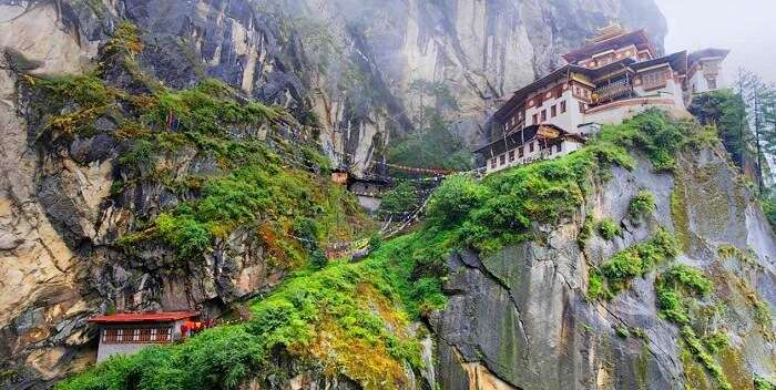 Tigers Nest Monastery trek