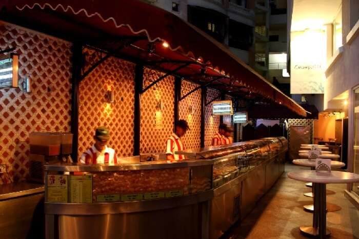The well maintained serving counter of Ohri's Chowpatti