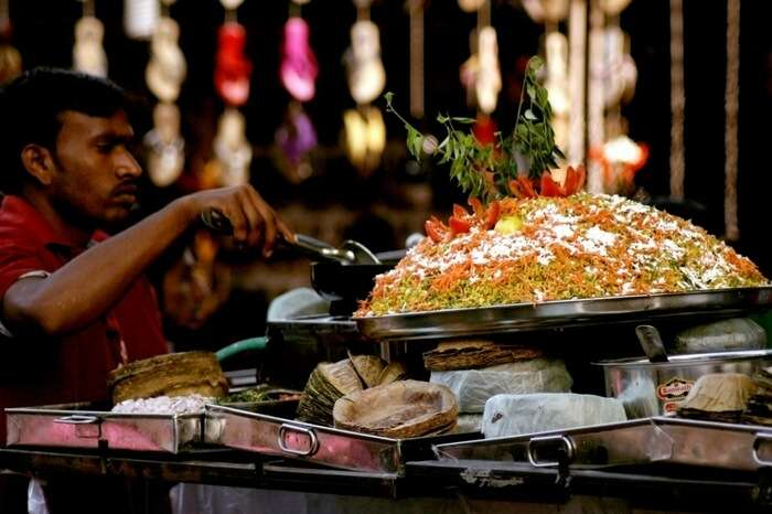 A chaat stall by the roadside near Charminar