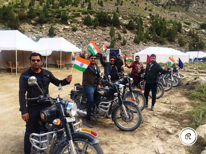 Sumit and his friends celebrate Independence day in Himalayas