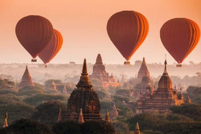 Hot air balloons in Myanmar