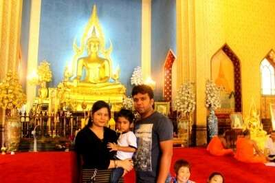Jitendra and his family in Bangkok