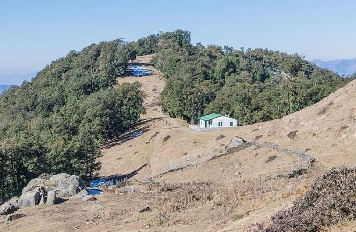 Trek to the Nag Tibba Summit