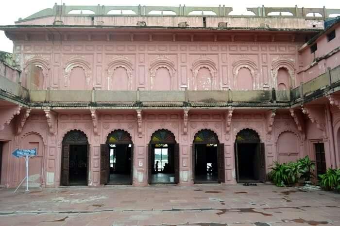 Courtyard of Man Mandir Observatory