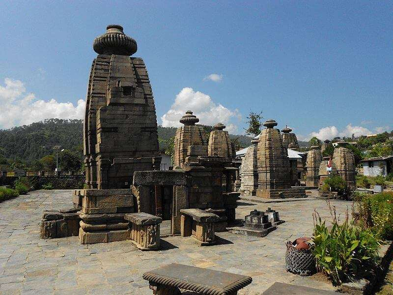 800px-Temples_of_Baijnath,_Uttarakhand,_India