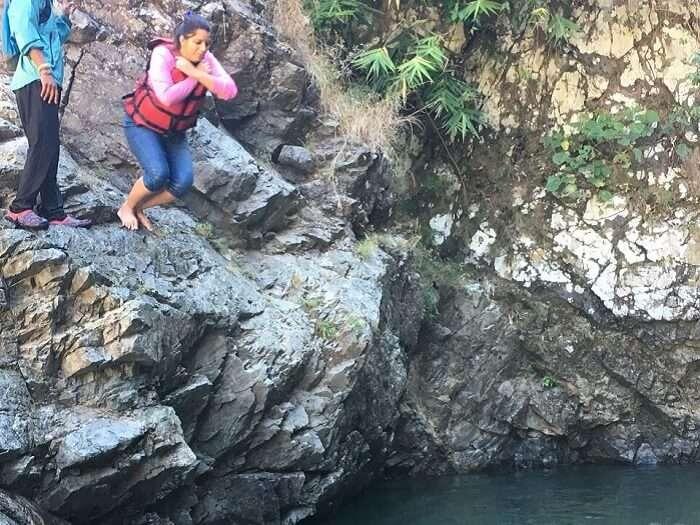 Tanisha cliff jumping in Lansdowne
