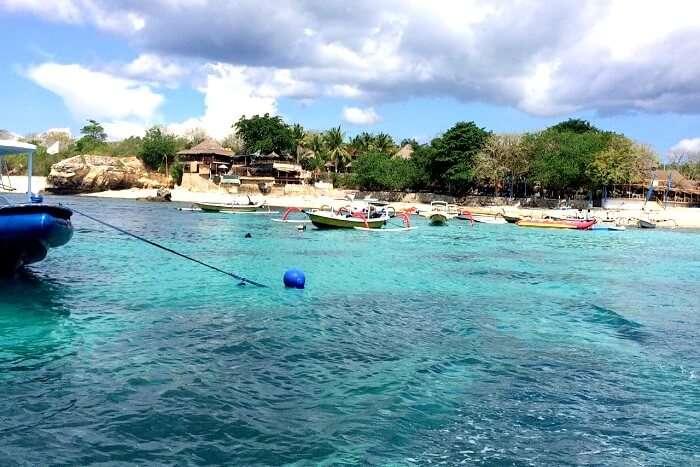 Entering into Lembongan Island