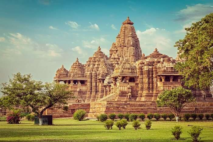 Indian weddings in khajuraho temples