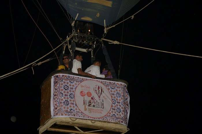 Special guests on a late evening hot air balloon ride at taj balloon festival