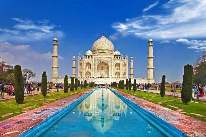 A breathtaking shot of the Taj Mahal and its reflection