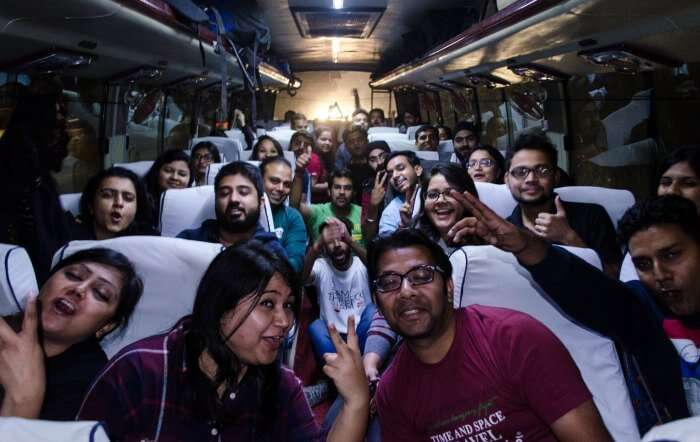 bus ride from delhi to tirthan