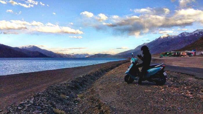 anam hashim rode to khardung la pass