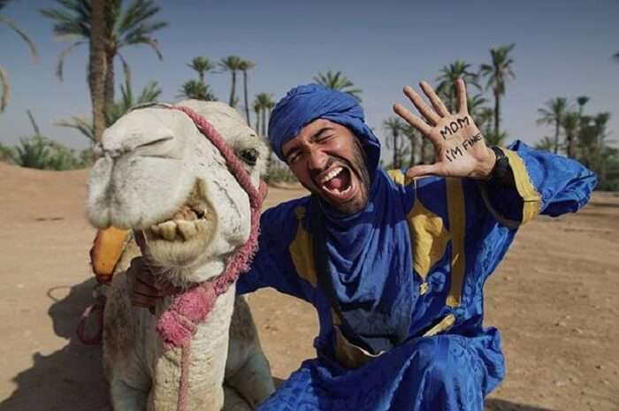Jonathan Quiñonez taking a selfie with Camel