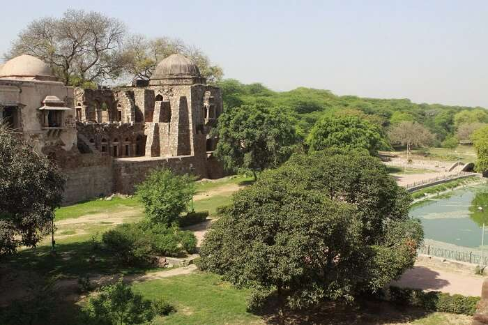 A snap of the Hauz Khas fort in the ancient city of Siri