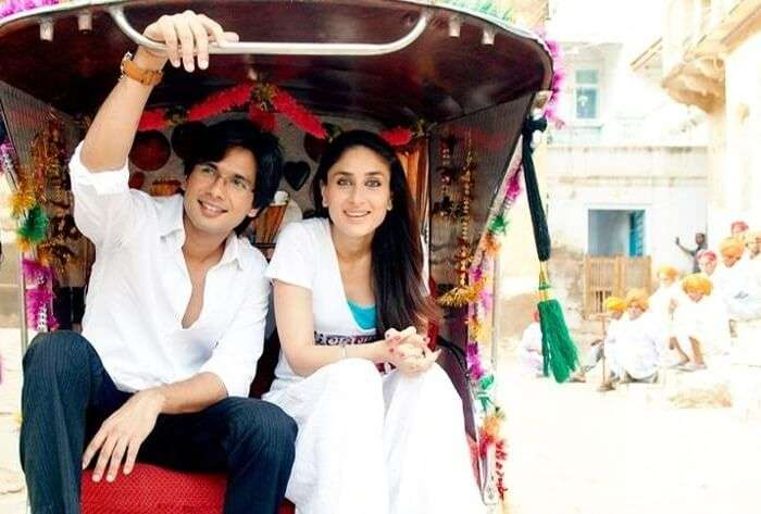 Actors Shahid Kapoor and Kareena Kapoor in a still from the movie Jab We MEt