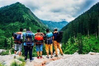 A group of travelers in Kheerganga near Kasol
