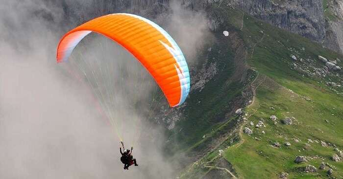Adventurous paragliding in Bir Billing India