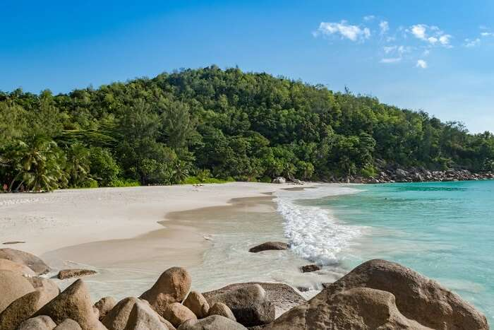 beach in seychelles