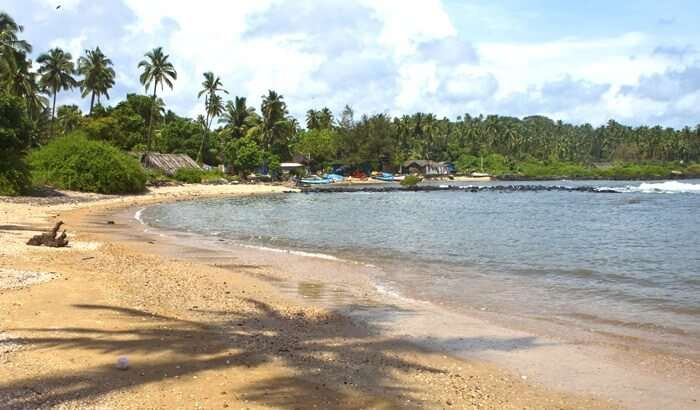 visit the hidden Hollant Beach in Goa