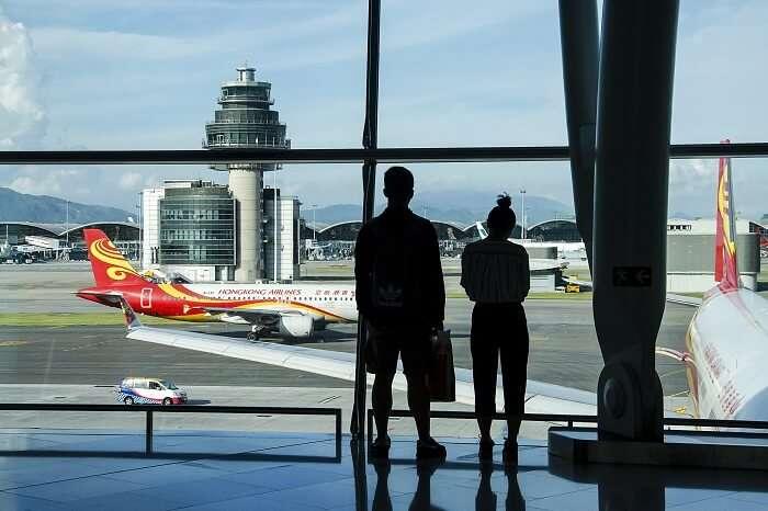 A couple at the Hong Kong airport