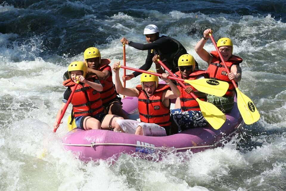 rafting-661716_960_720